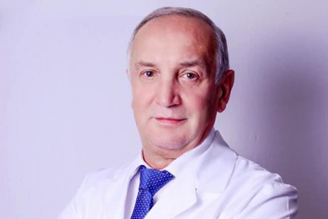 Василий Пинчук: «С какого возраста можно делать пластические операции»